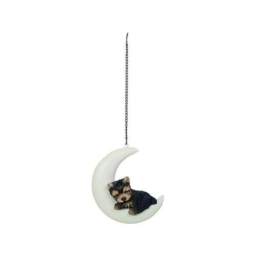 Štěně Yorkshire spící na měsíci závěs polyresin hnědo-černý 13cm